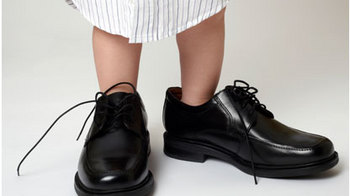 media-images-promos-2011-09-kid-shoes-JPG.JPG