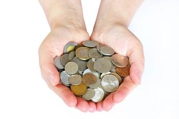 hands-money.jpg