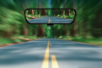 hindsight-rear-view-future-past-road-mirror.jpg